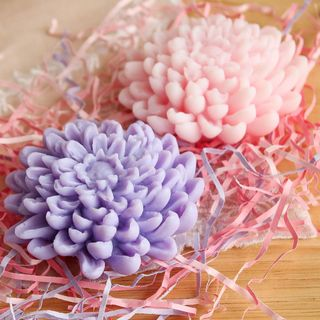 Chrysanthemum handmade soap gift set