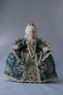 Box. Lady 18th century.