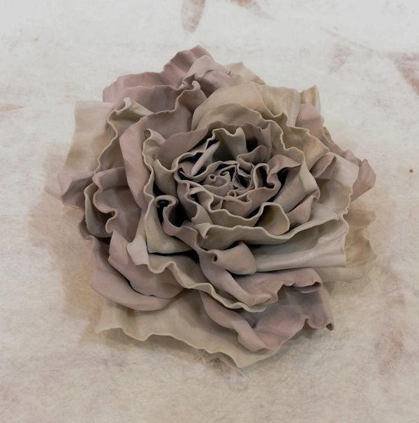 Hair clip brooch rose cream colors milotto