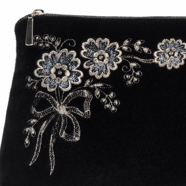 Velvet cosmetic bag 'Daisy' in black with silver embroidery