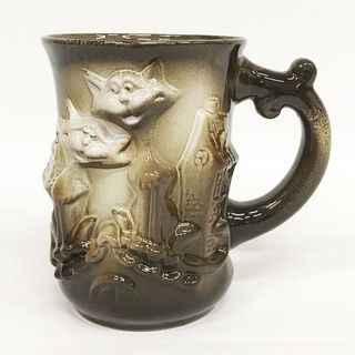 Mug, ceramic, embossed