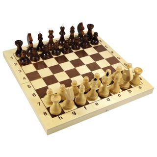 Chess board game, 32 wooden pieces, 30 x 30 x 30 wooden board, 10 KINGDOM