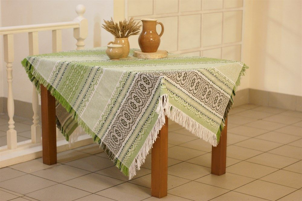"Tablecloth ""Young Lady-Peasant"", embroidery color: green, beige, 180x133"