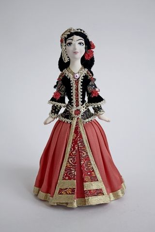 Doll gift. Syrian dancer