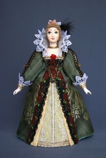 Doll gift porcelain. Lady in court dress. The beginning of the 17th century, France