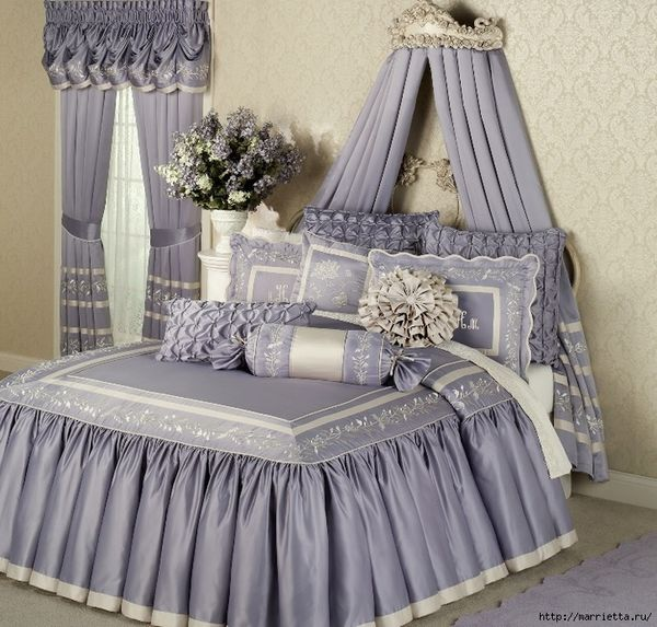 Sets copyright textiles for the bedroom