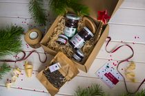 Ready gift set 'is Valuable is what's inside' No. 7