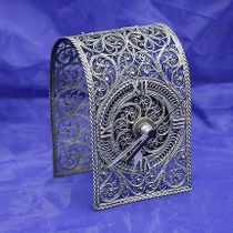 "Kazakovskaya Filigree / Souvenir ""Arch"" with a clock"