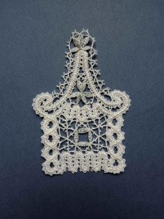 "Lace decor ""Santa Claus's House"""