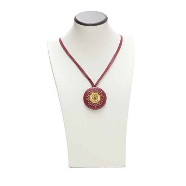 Pendant 'Violet' Burgundy with gold embroidery