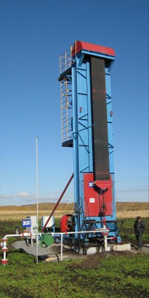 Chain drives of borehole sucker rod pumps