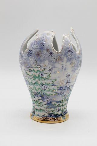Dulevo porcelain / Flower vase Chinese Christmas tree ,, author Yasnetsova M.V.
