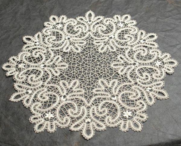 Doily lace round diameter 42 cm