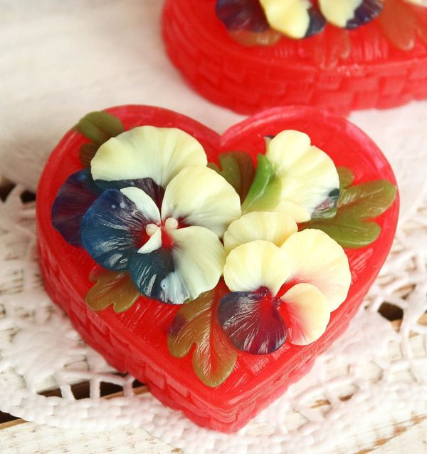 Homemade Olive Gift Soap Basket of Flowers Red