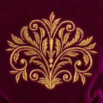 Velvet cosmetic bag 'Dreams' purple with gold embroidery