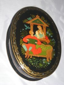 Palekh lacquer miniature. Casket 'At the window'