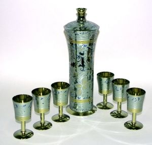 Gift wine set from zirconium