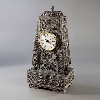 "Kazakovskaya Filigree / Clock ""Fireplace"""