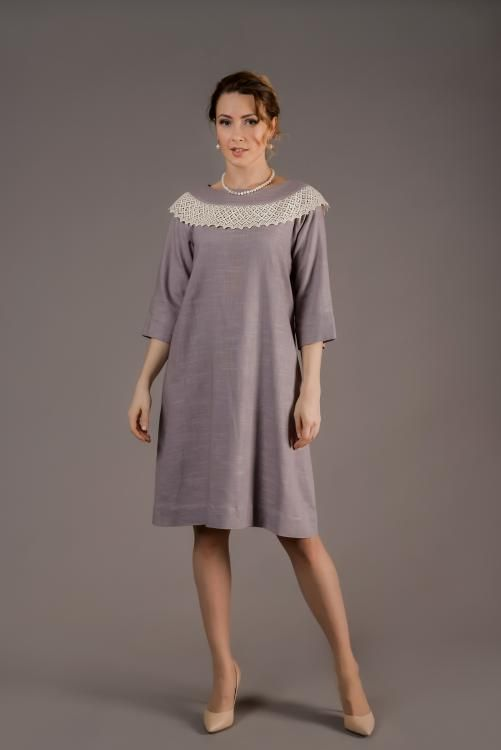 Women's dress, straight silhouette with Raglan sleeve