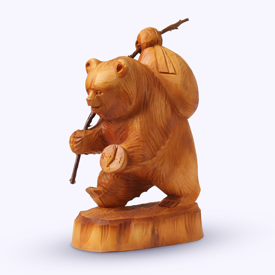 "Bogorodskaya toy / Wooden souvenir ""Tourist"""