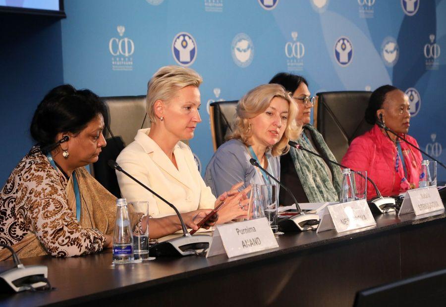 Die Präsentation der Business Women's Alliance BRICS fand in St. Petersburg statt