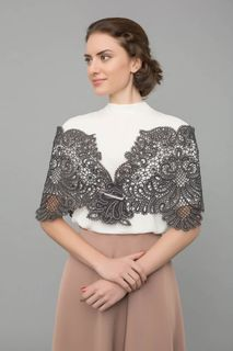 Lace tippet