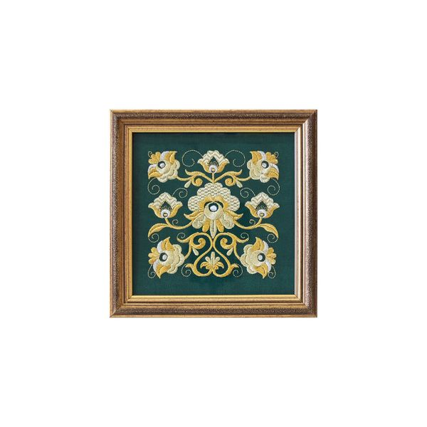Panel 'Tradition' is green with Golden embroidery
