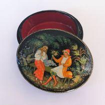 Box Palekh 'Svidanie', 6*5cm, master Kuzmenko