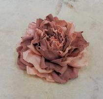 Hair clip brooch rose creamy coral milotto