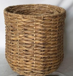 Basket of wicker, 2 pcs