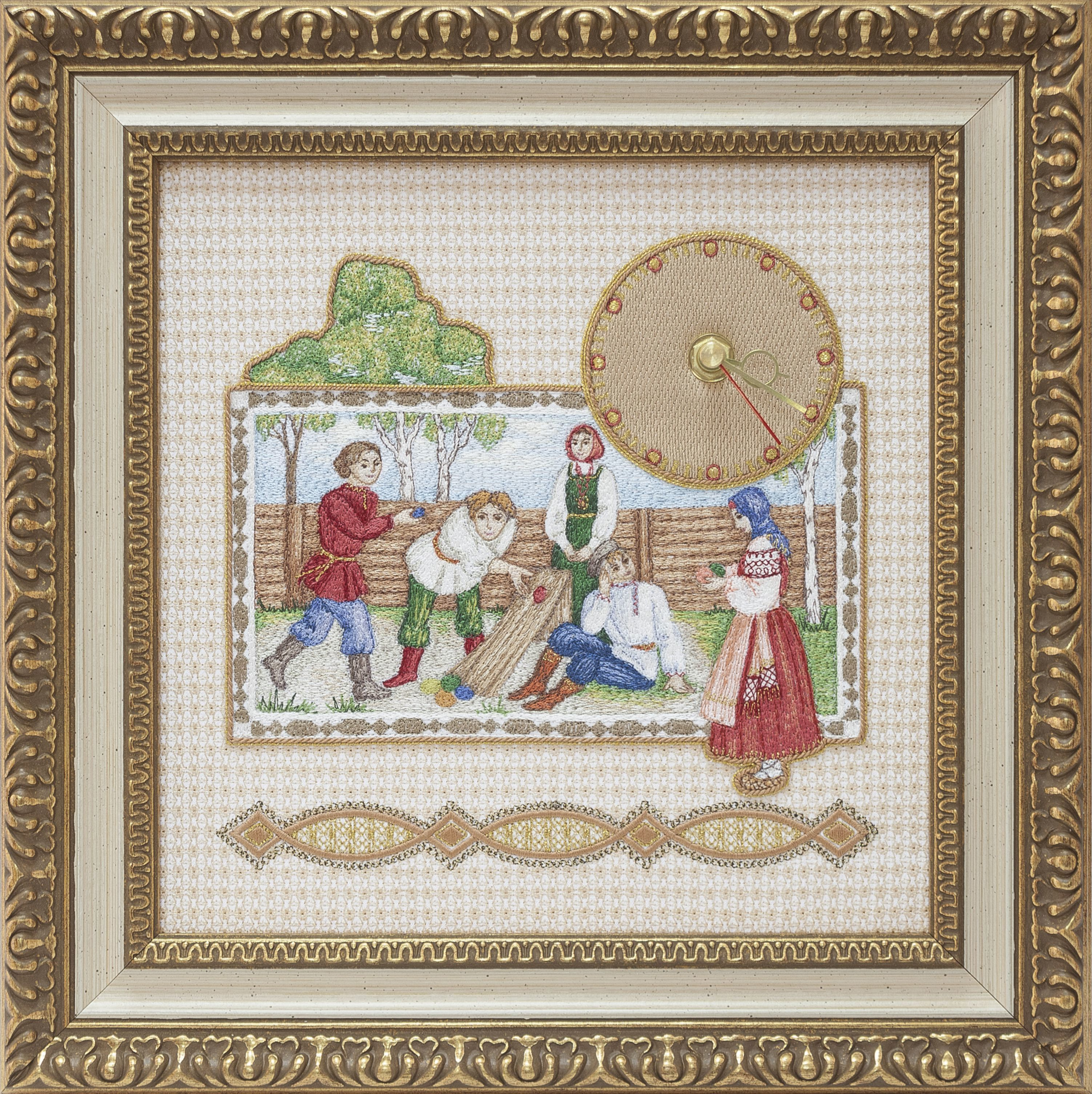 "Torzhok gold seamstresses / Panel-clock ""Easter"" beige with gold embroidery"