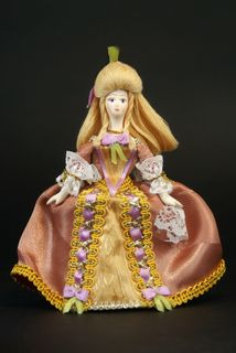 Doll gift porcelain. The lady in secular costume. 18th century. Russia-France