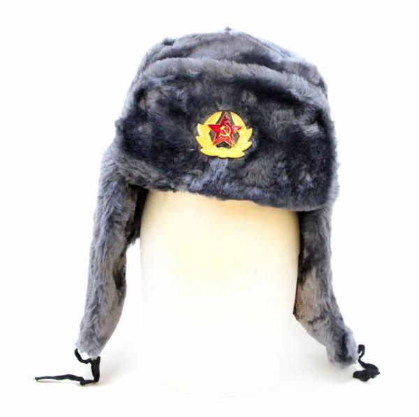 Matryoshka Factory / Gray Ushanka Hat with Cockade
