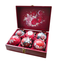 Set of 6 Christmas balls in a box