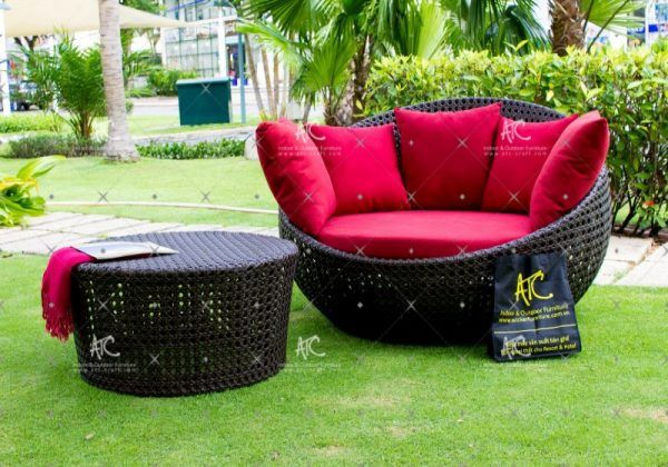 Poly Rattan Outdoor Sunbed