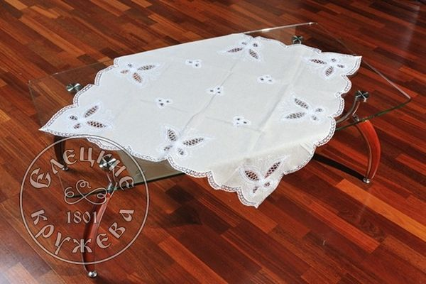 Tablecloth with openwork embroidery С1573