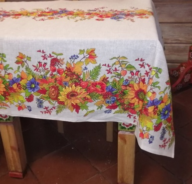 Tablecloth from the mat 'Flowers' 150x180