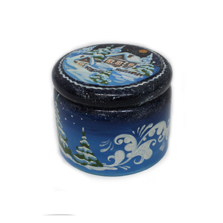 """The box is wooden """"Winter"""" round 7.5 cm"""