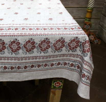 Tablecloth from the mat 'Red flowers' 150x180